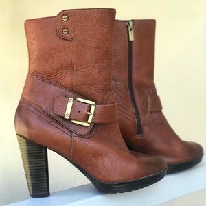 Clark's Heeled Amber Brown Leather Boots Size 6.5